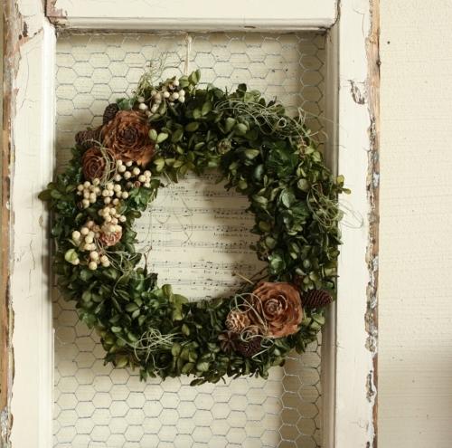 wreath_c0118809_02135234.jpg