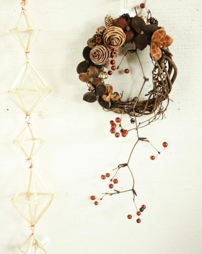 wreath_c0118809_02135627.jpg