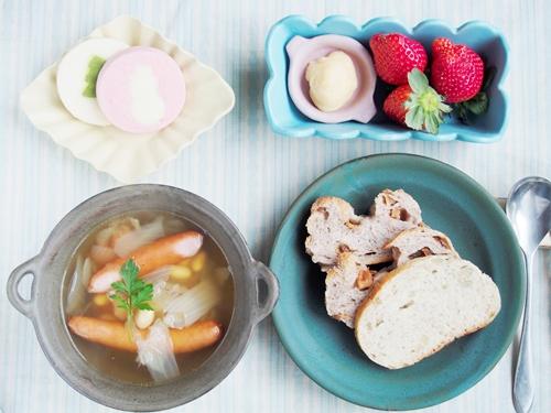 スープ朝ごはん_b0277136_17513100.jpg