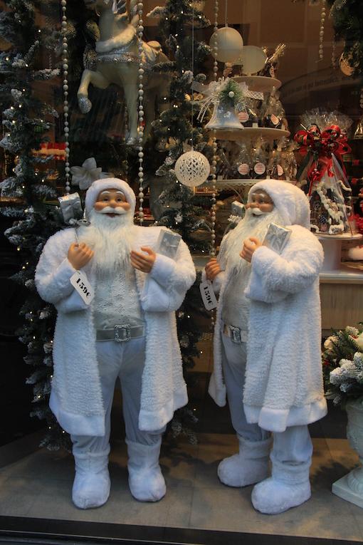 ラインのほとりから ♪ クリスマスのショーウインドウ_e0295348_2285042.jpg