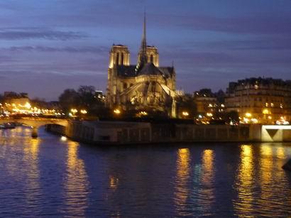 「何で今パリへ」・・・_a0280569_304592.jpg