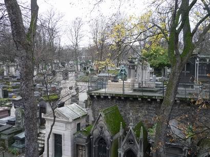 「何で今パリへ」・・・_a0280569_375543.jpg