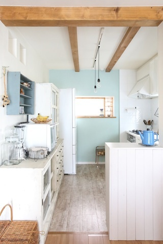 キッチン食器棚_f0173771_23201047.jpg