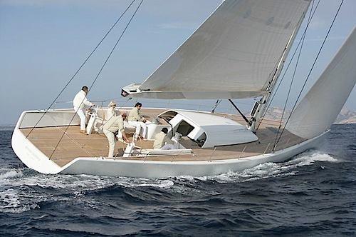 シンプルなヨットも。_f0166694_19114285.jpg