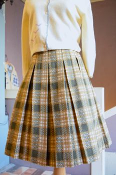 Which skirt do you want?【NEW ARRIVALS】_e0148852_18423068.jpg