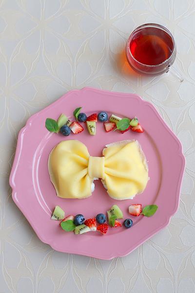 ひらめき朝食「りぼんのクレープ」_f0149855_9235690.jpg