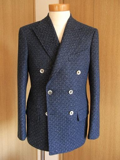 スコットランド産のブークレ調ツィード de 四半世紀ぶりにダブルジャケットを創った 編_c0177259_231186.jpg