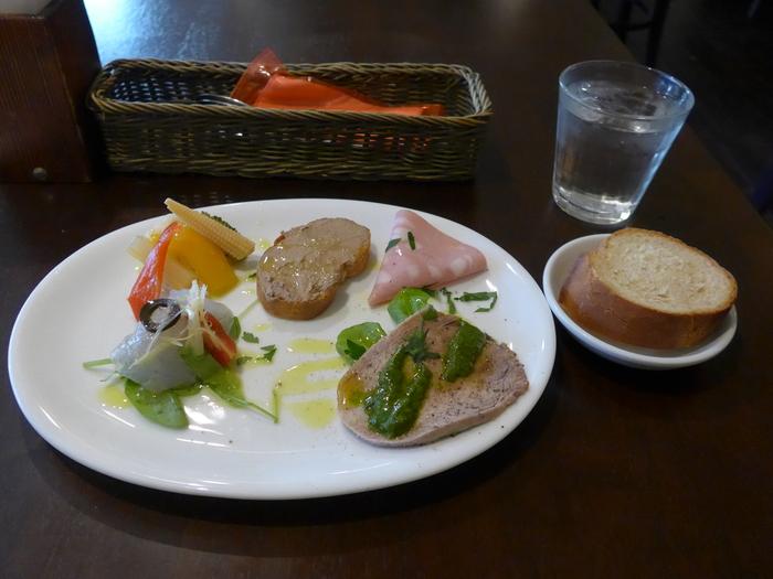 西荻窪「イタリア料理ゴローゾテツ」へ行く。_f0232060_13481727.jpg