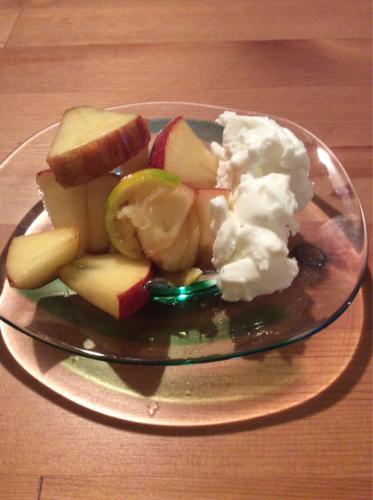 りんごのデザート(*^^*)_f0170422_22410780.jpg