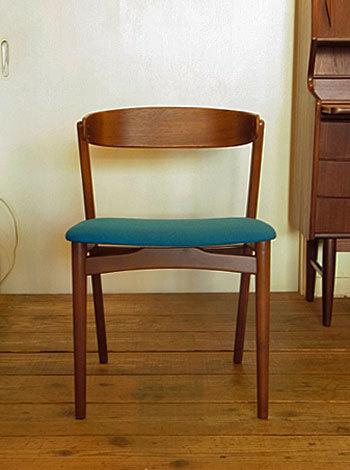 chair_c0139773_17130161.jpg