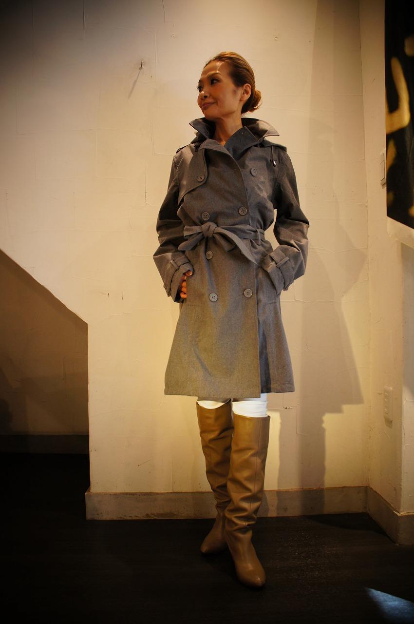 ファッション性抜群万能なレイントレンチコート ILSE JACOBSENイルセヤコブセン_b0115615_16292333.jpg