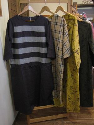 手紡ぎ手織りのコースターとお洋服_b0100229_13433053.jpg