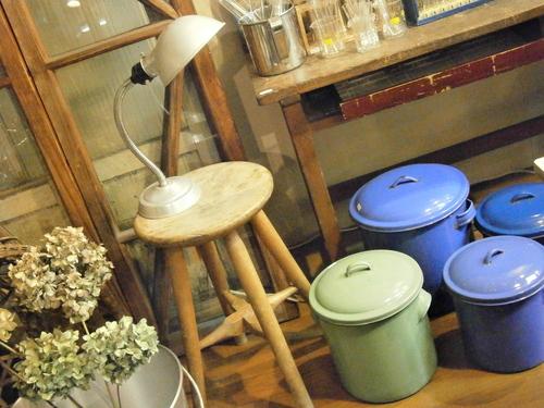丸椅子など☆_e0199317_22165184.jpg
