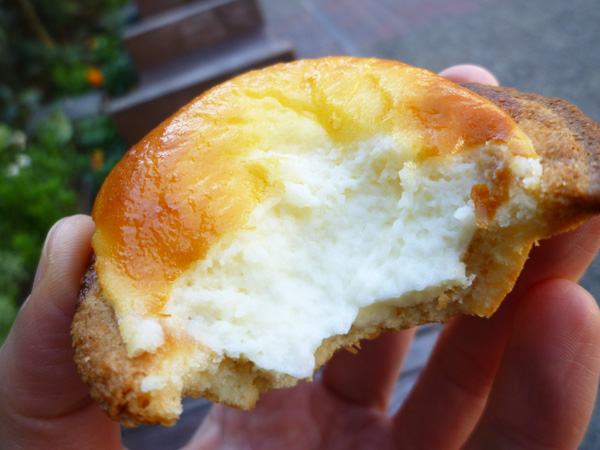 BAKE CHEESE TART(ベイク チーズタルト) 池袋店_c0152767_2222524.jpg