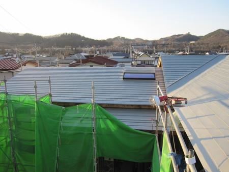 屋根工事_e0277474_22284390.jpg