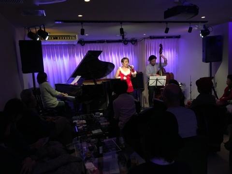 Jazzlive comin 本日水曜日のライブ_b0115606_11175474.jpeg