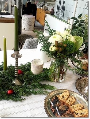森のクリスマステーブルでフィーカを_c0243369_23255854.jpg