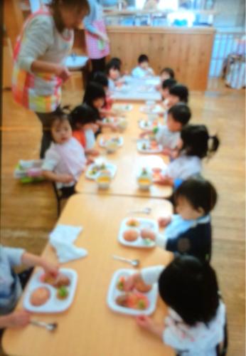 12月22日の給食 クリスマス会でした!!_c0293682_17180856.jpg
