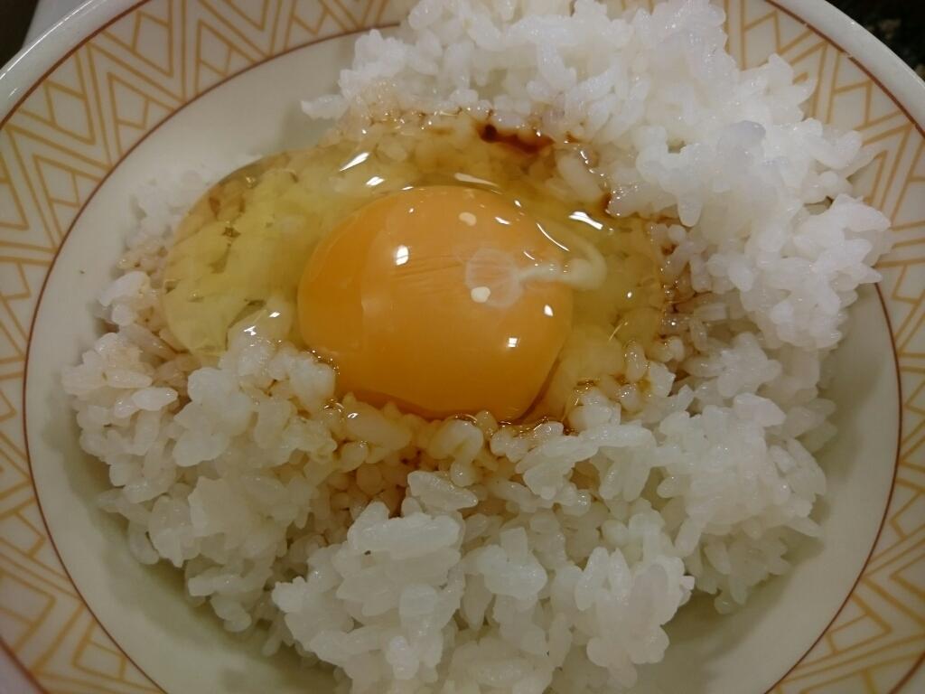 12/23   たまごかけごはん朝食+鮭@すき家_b0042308_07340699.jpg