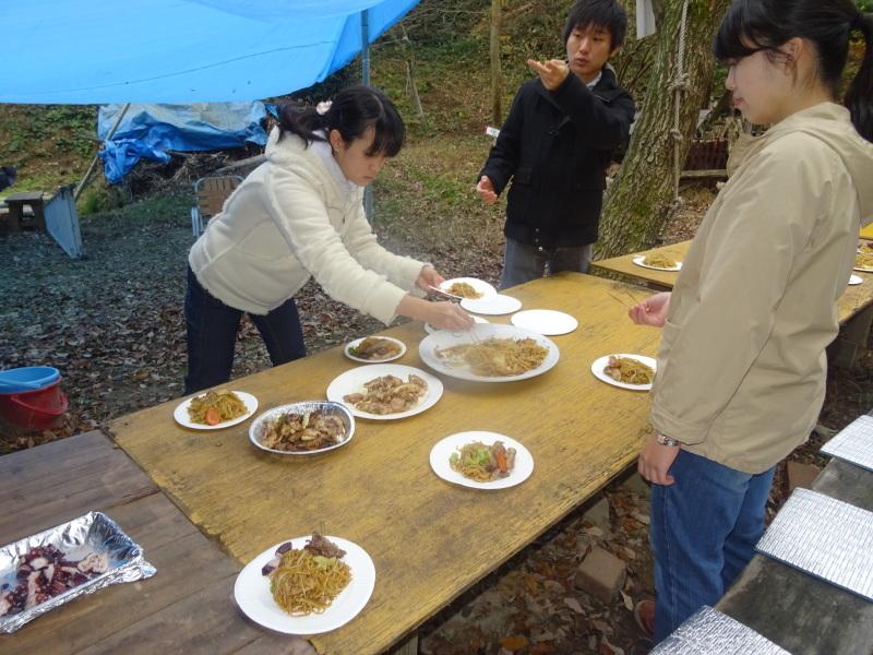 和歌山大学生「里山体験」 & 餅つき忘年会 in 孝子の森_c0108460_23474972.jpg