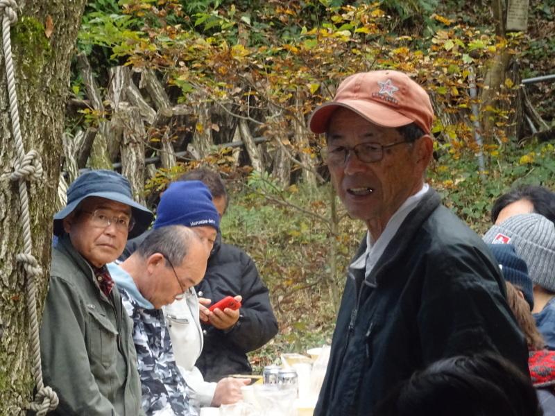 和歌山大学生「里山体験」 & 餅つき忘年会 in 孝子の森_c0108460_23545107.jpg