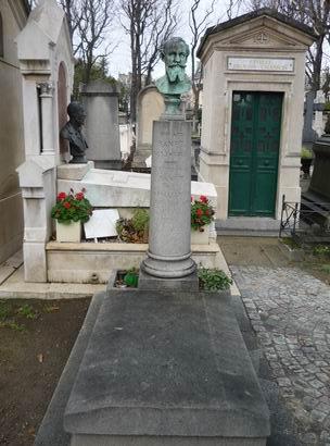 「マルモッタン美術館からパッシー墓地へ」_a0280569_23414580.jpg