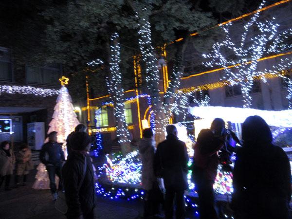 クリスマスイルミネーション_e0048413_18251812.jpg