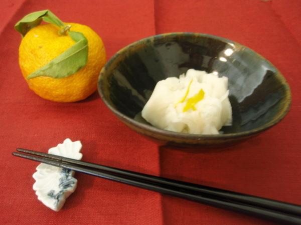 山田隆太郎さんの小鉢2種に_b0132442_12404238.jpg