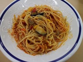 彩り野菜のトマトソーススパゲティ@パルワゴン_c0030645_2116326.jpg