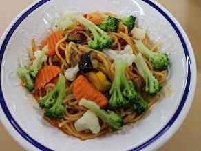 彩り野菜のトマトソーススパゲティ@パルワゴン_c0030645_21184591.jpg