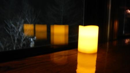 キャンドルの灯_e0120896_07530137.jpg