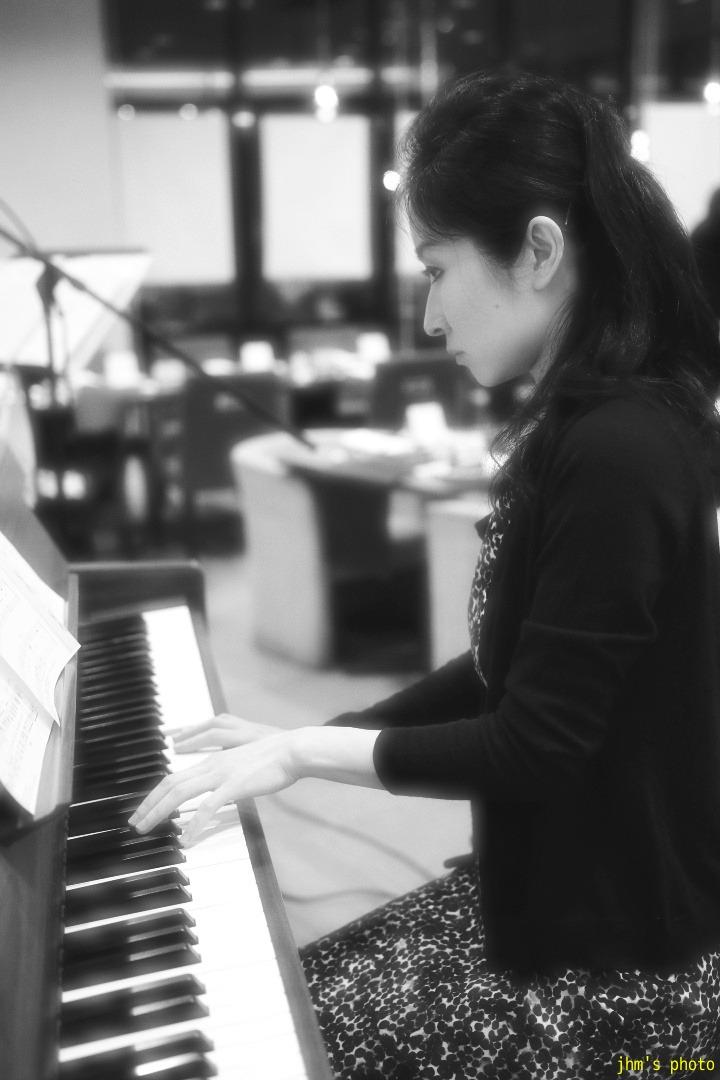 ピアニストとヴァイオリニスト_a0158797_040858.jpg