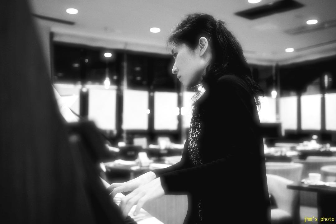 ピアニストとヴァイオリニスト_a0158797_041257.jpg