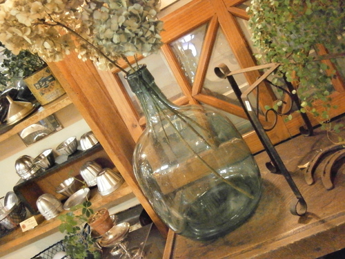 大きなガラス瓶、再び☆_e0199317_2343593.jpg