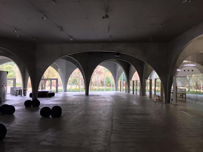 多摩美術大学 八王子図書館+スタジオ / iPhone 6_c0334533_18404848.jpg