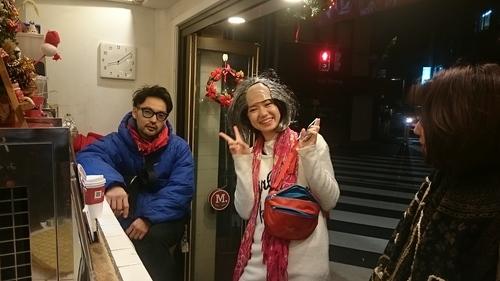 「クリスマス壊れた娘達」_a0075684_0514299.jpg