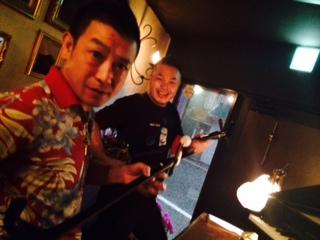 ベニ・トトゥお誕生日会と沖縄な夜。_a0050302_23435670.jpg