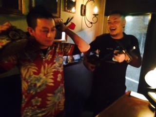 ベニ・トトゥお誕生日会と沖縄な夜。_a0050302_2346537.jpg