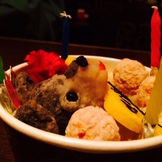 ベニ・トトゥお誕生日会と沖縄な夜。_a0050302_2356384.jpg