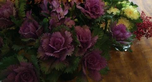 明日から、やっと、切り花・・・菊も葉牡丹もビューティフル_b0137969_19050371.jpg