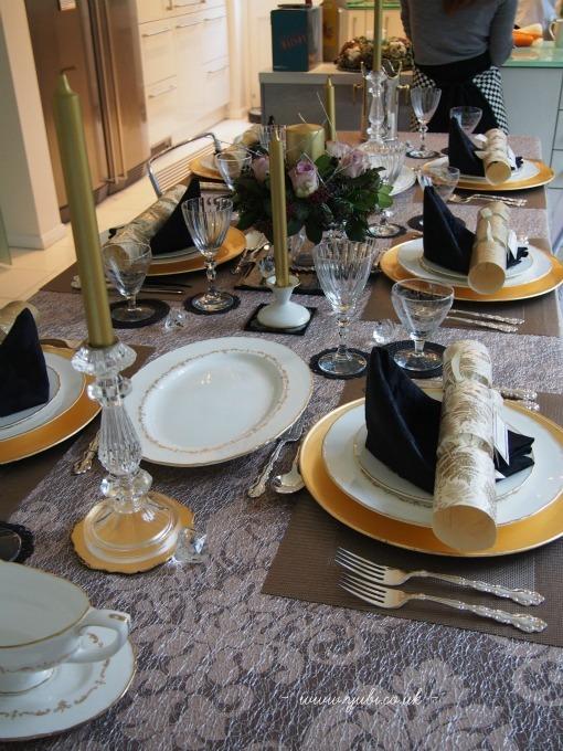 2015年の我が家のクリスマスの様子とテーブル Part 1〜♪_b0313387_03402398.jpg