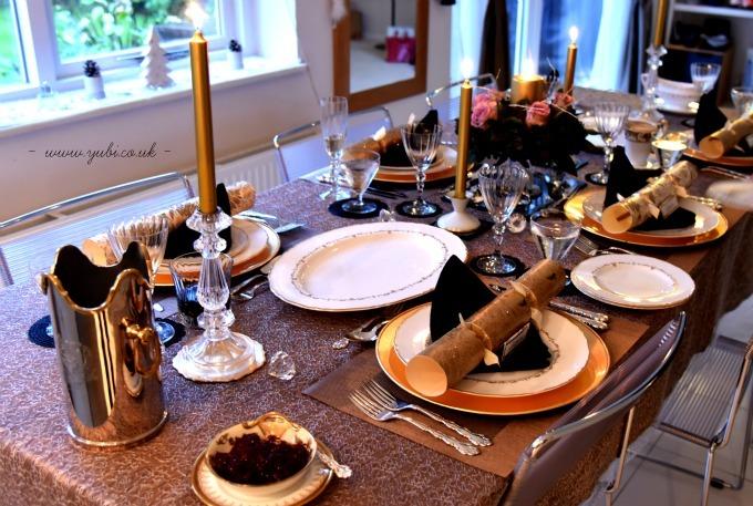 2015年の我が家のクリスマスの様子とテーブル Part 1〜♪_b0313387_09334500.jpg