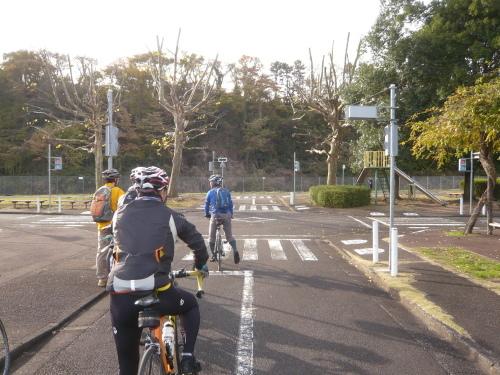 ポタリング 多摩よこやまの道 尾根幹線道路_a0262093_16162246.jpg