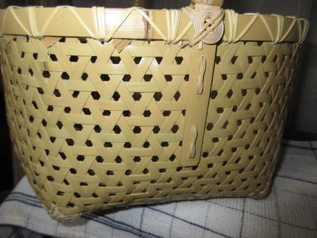 chieが編んでくれた竹籠_a0203003_1752361.jpg