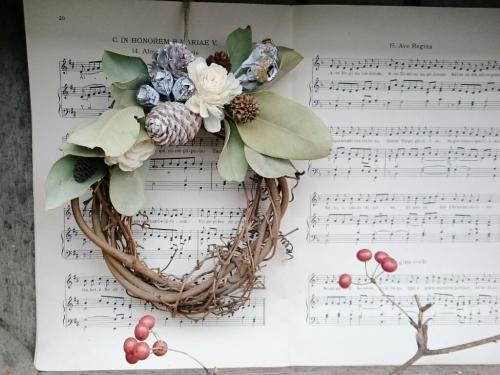 wreath_c0118809_11384576.jpg
