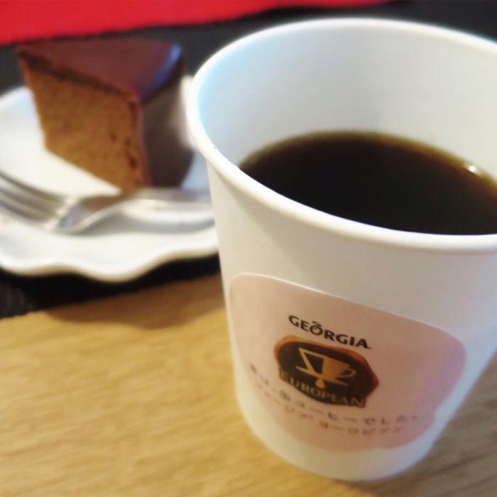 実は、缶コーヒーだったのは知ってる_c0060143_00285774.jpg