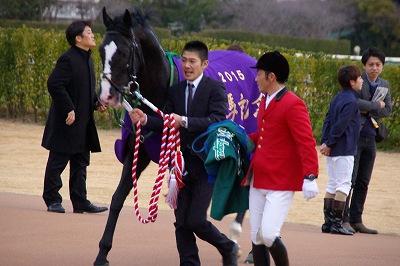 有馬記念は、ゴールドアクターが4連勝で人馬共に悲願のGI初制覇!_b0015386_0291077.jpg