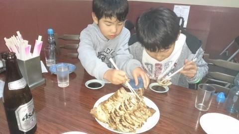 息子たちと、今年最後の神戸に行ってきました~♪(^o^)/_d0191262_11211559.jpg