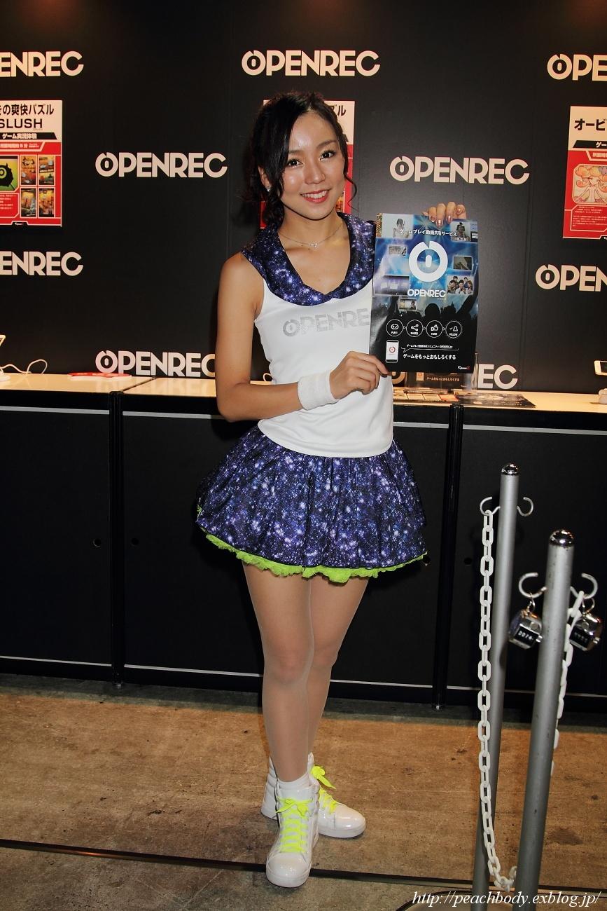 鈴木エレナ さん(OPENREC by CyberZ ブース)_c0215885_231927.jpg