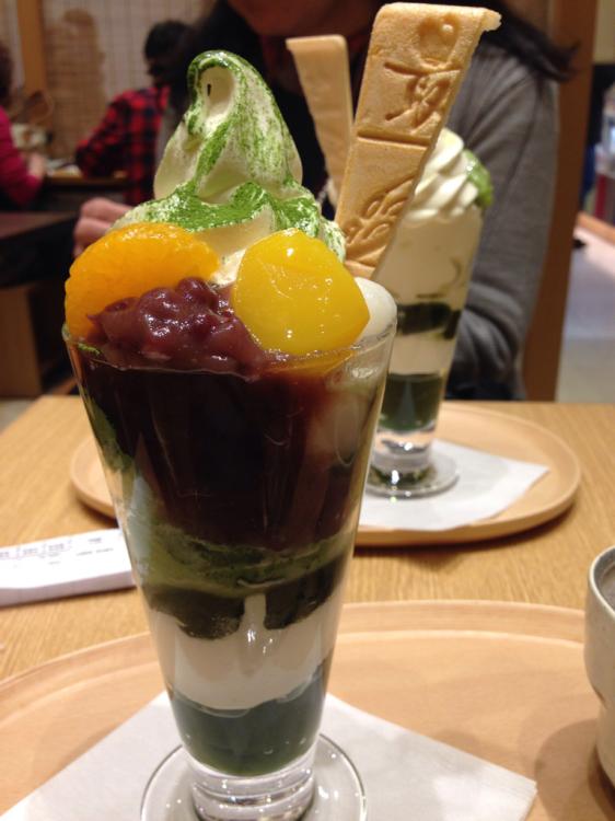 赤福の喫茶室で、パフェを食べよう_c0185356_09573253.jpg